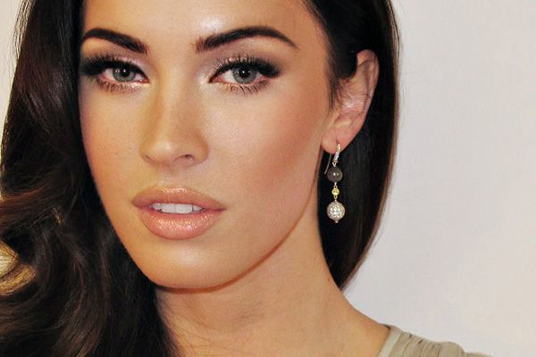 """Wanna look like Megan Fox?  CLICK to get the """"how to"""" for this look"""