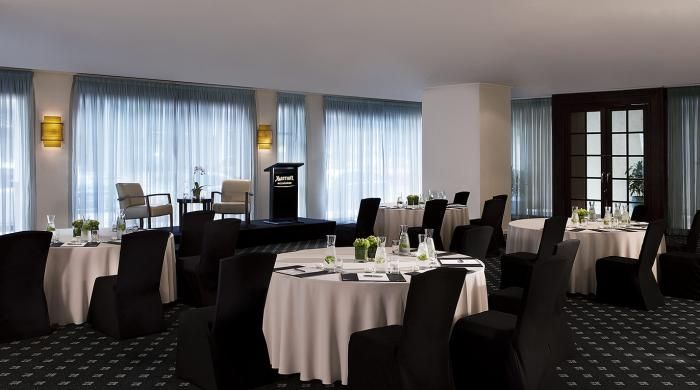 Melbourne Marriott is a 5 star conference hotel in Melbourne CBD that has proven popular with our clients. Recently refurbished and among my favourite hotel rooms in Melbourne.Modern professional meeting rooms. Great for executive meetings and training programs. see more about the venue at www.melbournehotelconferences.com/MelbourneMarriottHotel.htm
