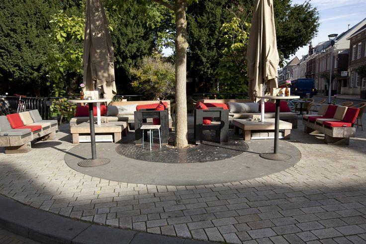 Stadscafe de Spaarbank, Tilburg (Big Pillows furniture)