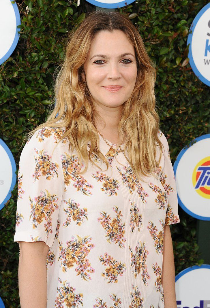 Pin for Later: Drew Barrymore Steps Out For a Good Cause and Looks Gorgeous Doing It