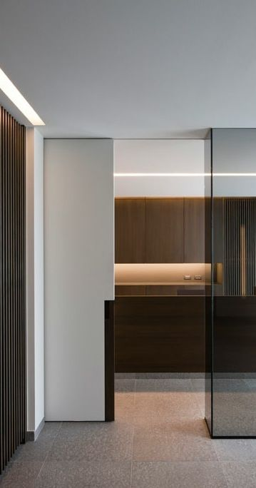 Perfection - lines, colors, materials, shapes. I love everything about this interior. Frederic Kielemoes Interieur Architect 5