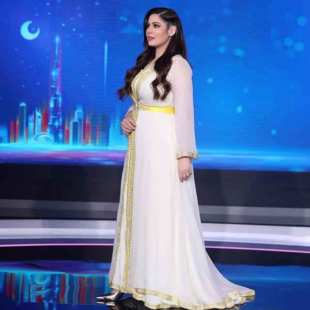 مر نص رمضان يا جماعة قفطان Almkamareyakaftan مجوهرات مجموعة الماركيز رؤى الصبان من Samrajewellery Formal Dresses Formal Dresses Long Dresses