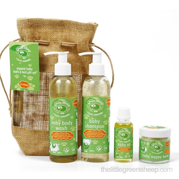 Organic Baby Bath & Bed Gift Set 5 pcs | The Little Green Sheep