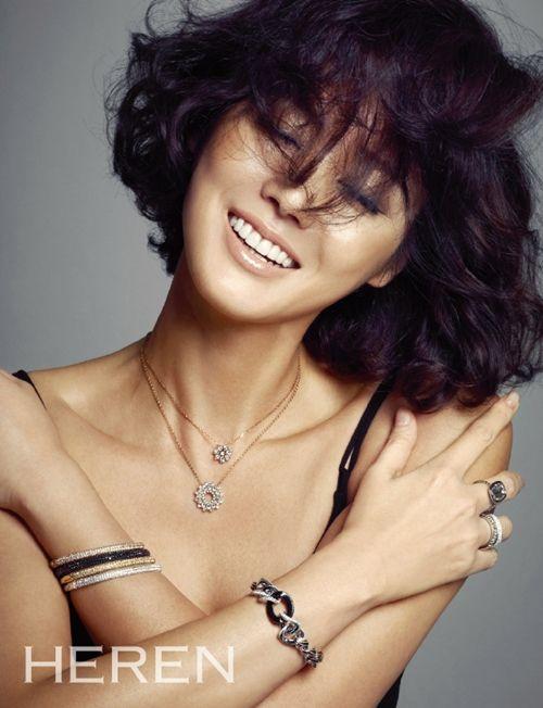 Kim Sung-Ryung 김성령