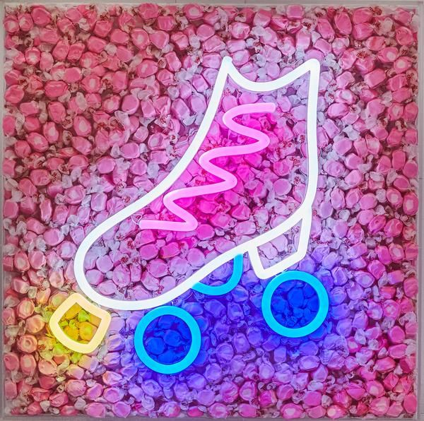 Artstar Exclusive Robyn Blair X Name Glo Collaboration Artstar Pink Roller Skates Neon Light Art Roller Skating