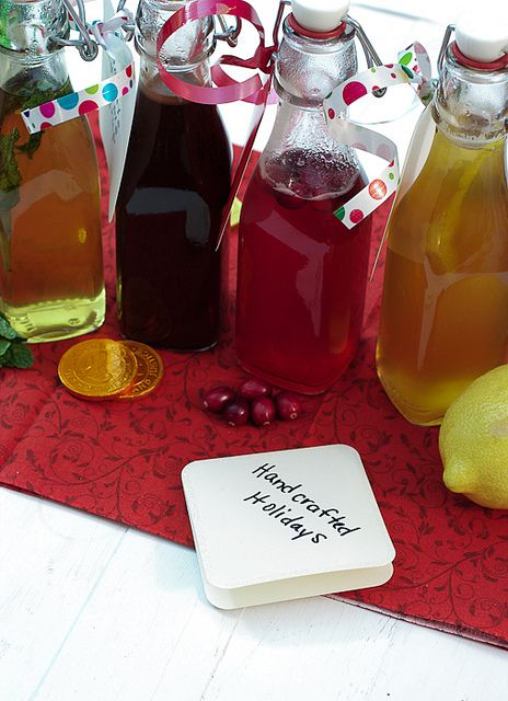 Homemade Flavored Simple Syrups #handcraftedholidays by LittleRedKitchen