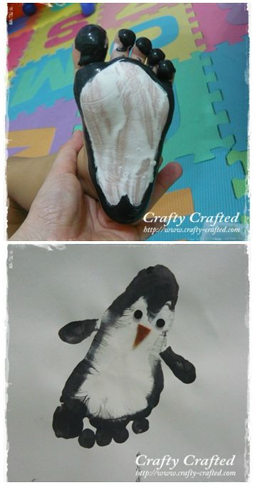Footprint Penguin Craft for Kids to Make - so cute for a winter art project / great keepsake idea! (faire un visage en écho avec travail sur dos)