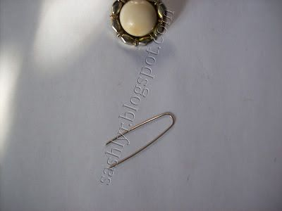 Sashlyr: Arte e decorazione: Come fare una collana semplice con un pulsante