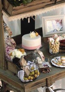 carrito de dulces con puntillas