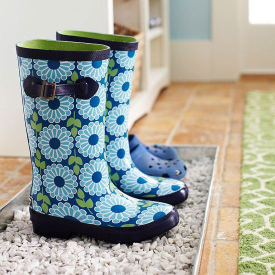 Keep dirt and mud contained with a boot tray near your home's entryway.
