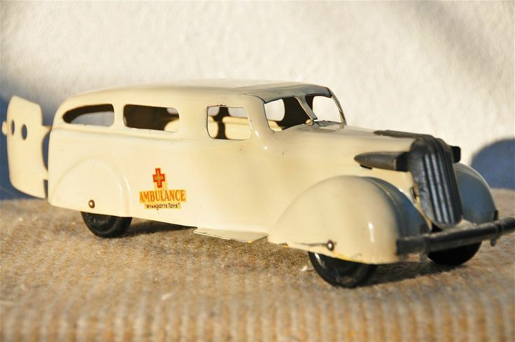 Wyandotte Pressed Steel Toy Car Truck Ambulance Wagon Wood Wheels American Made #Wyandotte