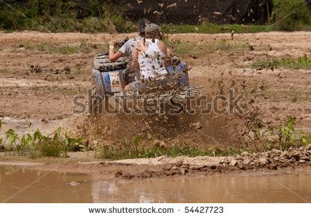 I want to do some mud riding engagement pictures! | Mud Life | Pinterest | Участие, Фотографии помолвок и Картинки