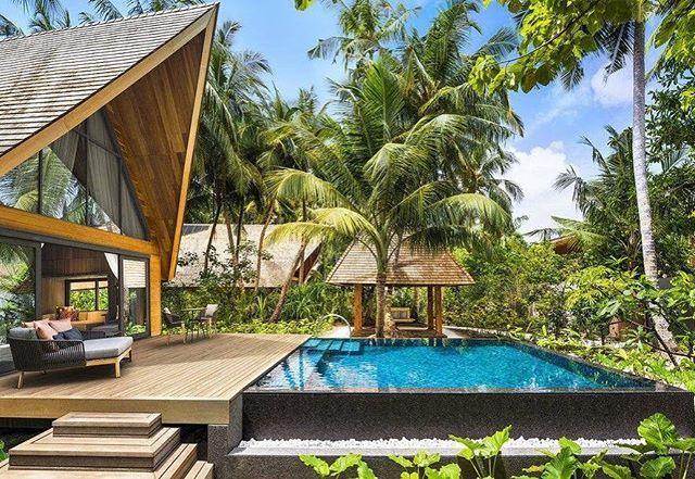 looking forward to this at St. Regis Vommuli #stregis #maldives #island #resort #hotel #luxury #vacation #holiday #sun #sand #sea #lagoon #beach #snorkeling #bookit #intour #fun #beautiful #sandbank #nature