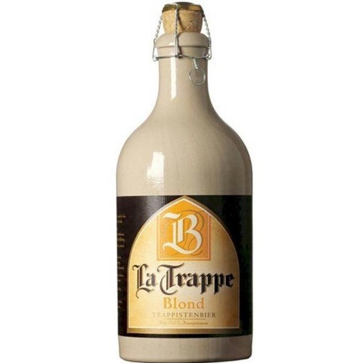 """Cerveja LA TRAPPE Blond 750ml.  A La Trappe é produzida no monastério de """"Onze Lieve Vrouw van Koningshoeven"""" na província de North Brabant, onde desde 1884 os monges vêm produzindo uma gloriosa cerveja, utilizando métodos tradicionais. - $44.80"""