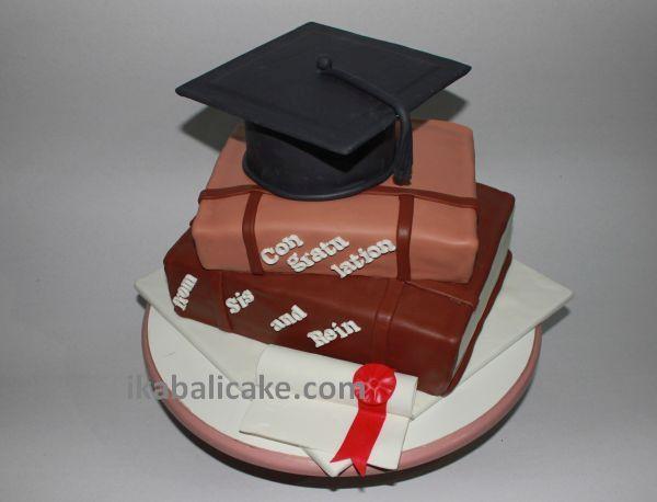 Graduation Books Cake visit ikbalicake.com