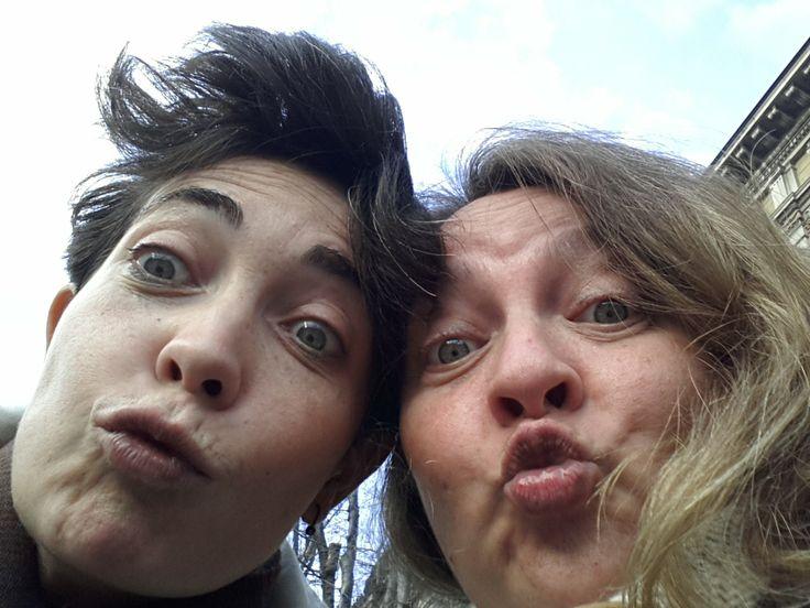 Auguri da Gabriella e Giovanna!