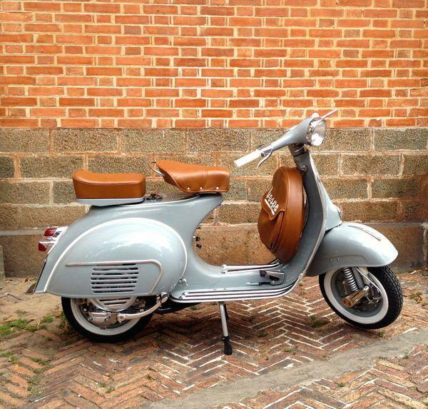 Scooter VESPA 125 cm3 occasion - 1963 - Essence 2 temps - 3790 € - Paris (Paris) WV148020097