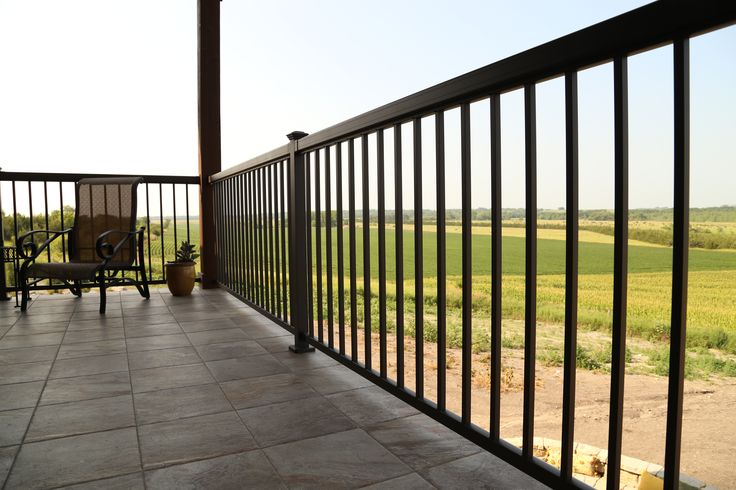 Best Exterior Products Regal Railing With Straight Pickets 400 x 300