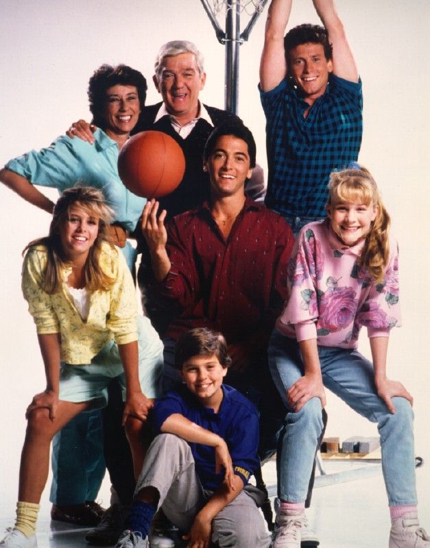 Charles in Charge Cast: Scott Baio, Willie Aames, Nicole Eggert, Josie Davis, Alexander Polinsky, Ellen Travolta and James Callahan