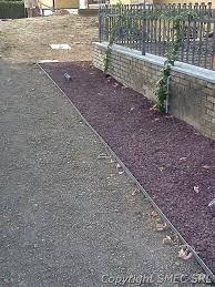 Bordure per un giardino cerca con google giardino for Sassi per bordure giardino