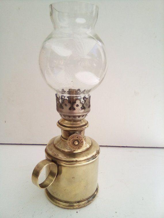 Hey J Ai Trouve Ce Super Article Sur Etsy Chez Https Www Etsy Com Fr Listing 633547730 Veritable Lampe Pigeon Oil Lamps Lamp Novelty Lamp