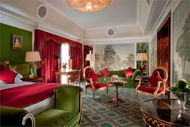 Hotel: 9 buone ragioni per non uscire dalla camera da letto - VanityFair.it