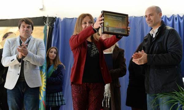 San Fernando acompañó al Colegio Leopoldo Lugones en su 25° aniversario