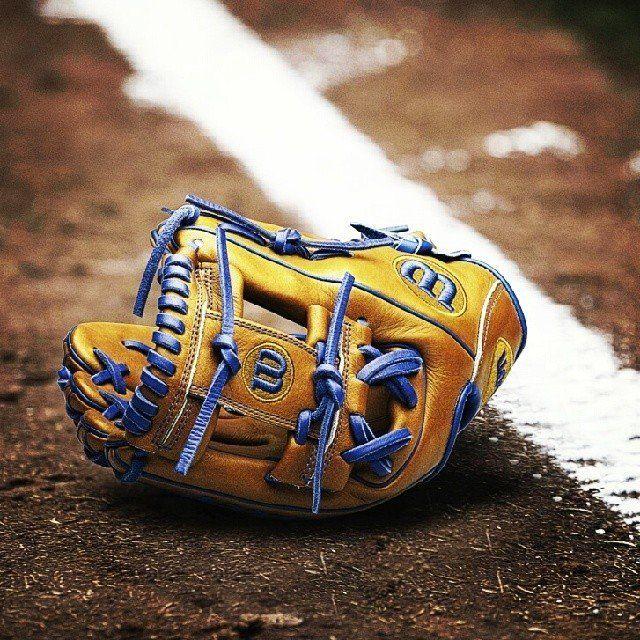 A2K DW5 Baseball Glove by Wilson