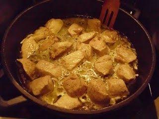 Μακεδονίτικη χοιρινή τηγανιά Χρόνος προετοιμασίας 10 λεπτά Χρόνος μαγειρέματος 20 λεπτά ...