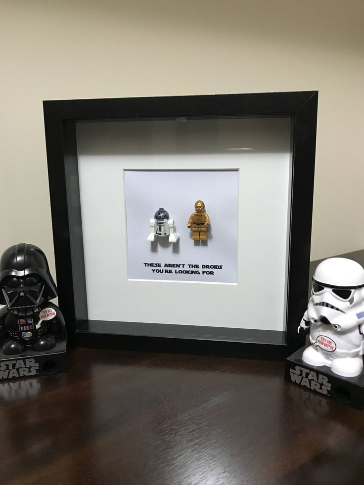 Star Wars Droids Minifig Shadowbox - R2-D2 and C-3PO by BMLgeekgirls on Etsy https://www.etsy.com/au/listing/533816511/star-wars-droids-minifig-shadowbox-r2-d2