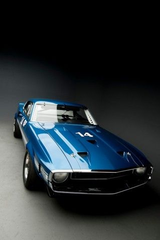 SHELBY GT350R 1969 SCCA/B Production Photo Russo & Steele via Mustang & Shelby Magazine