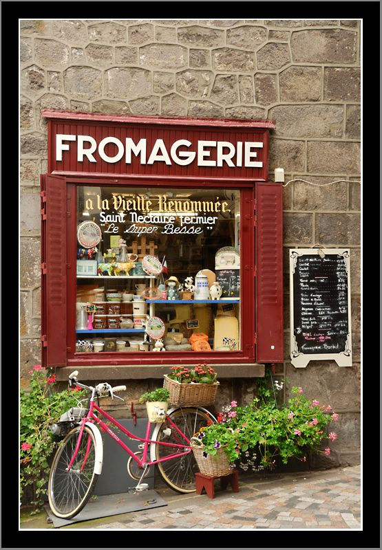 #Fromagerie and #Bicycle.... so typical!