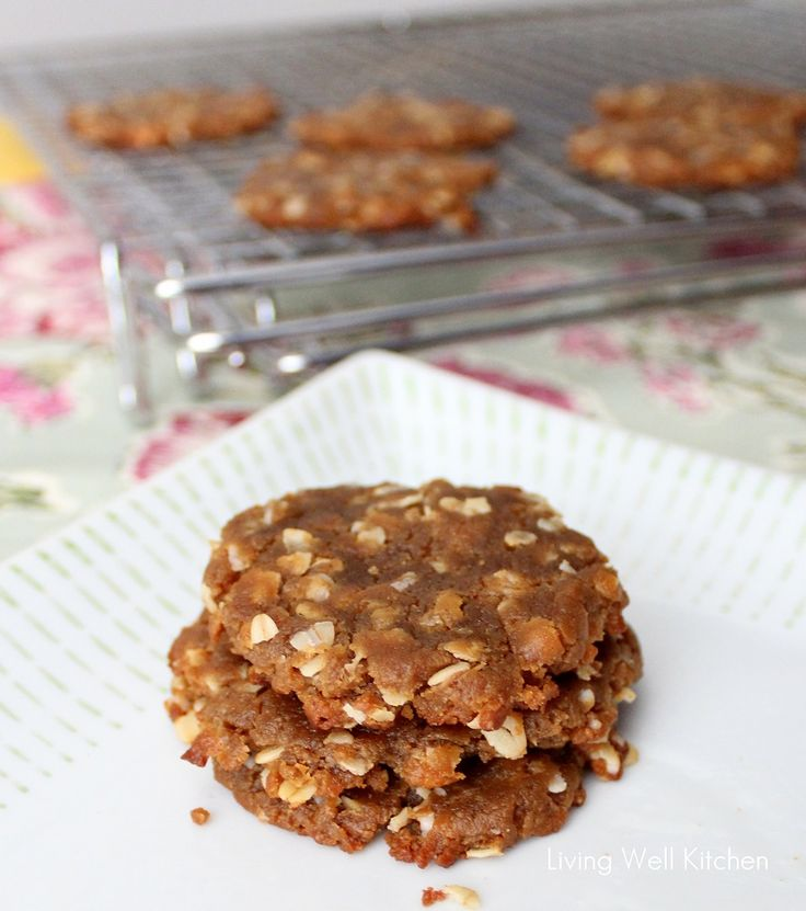 Peanut Butter Banana Cookies from Living Well Kitchen- no real or fake sugar, no oil or butter