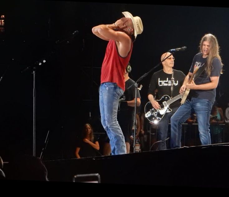 Pin by Cindee Johnson on Kenny Chesney | Kenny chesney ...