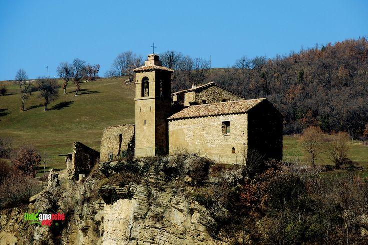 TOURISM in The Marches Region – ITALY - PIETRARUBBIA - Chiesa di Sant'Arduino - © Copyright Photo Piero Evandri - www.italiamarche.com