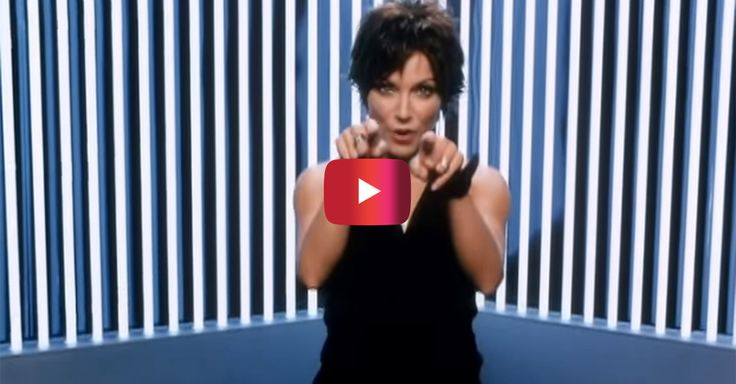 Flashback to the time when Martina McBride sang this ode to women of all ages – Rare