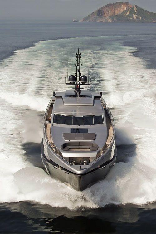 dream-villain: Yacht #2
