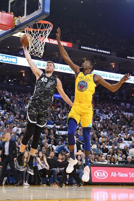 Oakland, Calif. 3:8:18 #KevinDurant led dubs in Thursday's 110-107 win over Spurs. #KD finished with 37 points, 11 rebounds and #DraymondGreen tallied his third triple-double of the season. #StephenCurry joined growing list of sidelined Warriors, as Andre Iguodala, David West, Jordan Bell and Patrick McCaw all sat out due to injury.