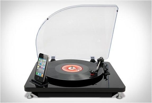 Easily convert your Vinyl Records into mp3s with your phone or iPad.