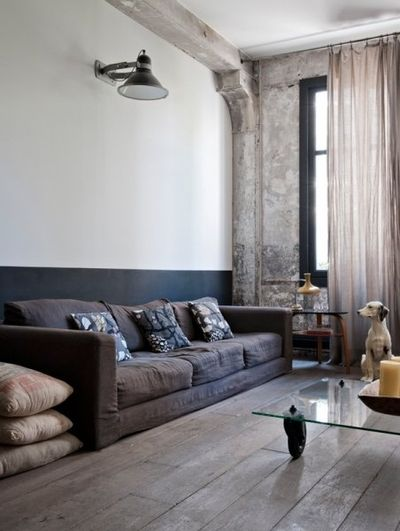 Masculine living space. Warm materials. Industrial details.