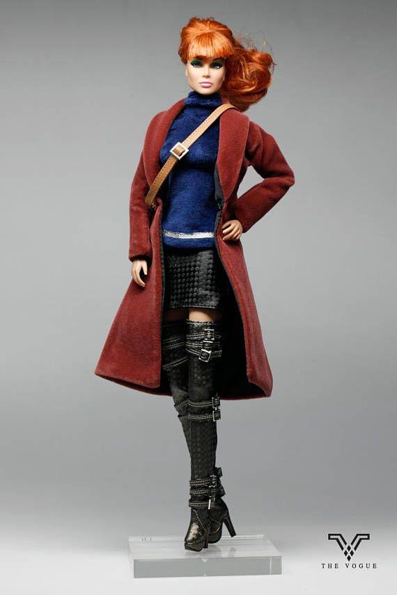 Item For: Regurlar Barbie , Silkstone Barbie , Fashion Royalty , Vintage Barbie, Momoko , Jenny ,Poppy Parker and other (11.5, 12, 1:6) Similar Size Doll NOTE: The doll show on the photo is Fashion Royalty Doll Package Includes : Model TV1083 -Fashion Fur Coat -Blue Fur Top
