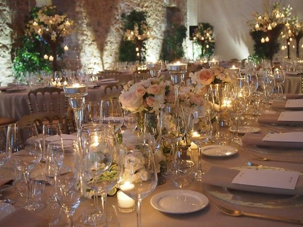 Romantic and elegant wedding table by Marry me in Spain Wedding Planner