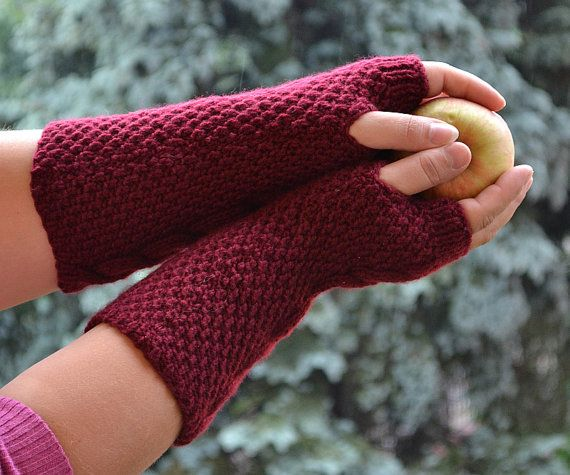 Knitted mittens/gloves by DosiakStyle on Etsy