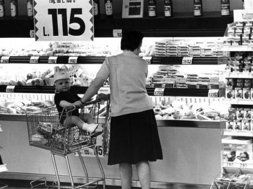 Supermercato bimbo carrello