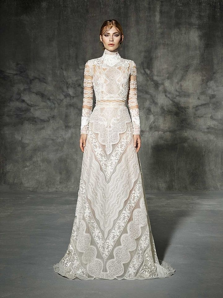 Superb Ask the Experts Ten Winter Wedding Dresses to Inspire your Snowy Ceremony