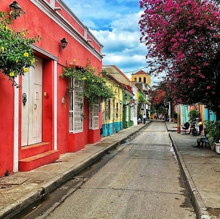 Calle Del Pozo Barrio Getsemani Cartagena Colombia Cartagena De Indias Cartagena