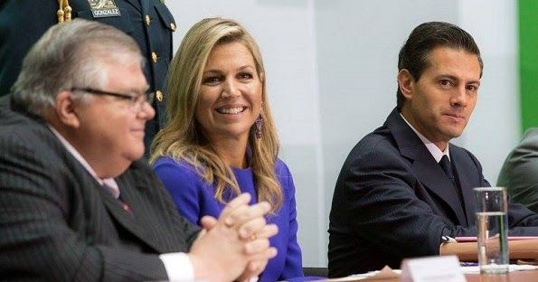 Queen Maxima met with Mexican President Enrique Pena Nieto. Maxima wore Roksanda Margot Crape dress