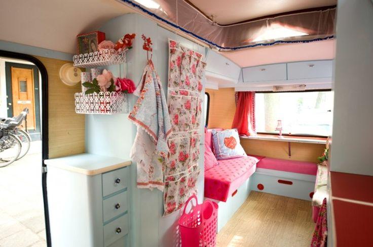 interior of a caravan in blue! iLike... http://static.mijnwebwinkel.nl/winkel/pimpenco/full12652510_a.jpg