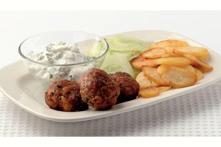 Kijk wat een lekker recept ik heb gevonden op Allerhande! Griekse gehaktballen met yoghurtsaus