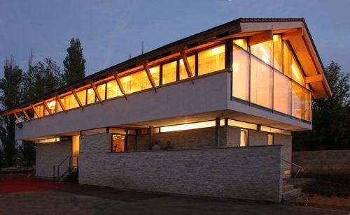Casa de astazi #264 Locuinta pe str. Petricani | O casa pe zi
